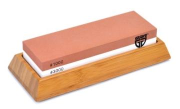 GRÄWE Wetzstein SHARPHOME Körnung 1000 / 3000 mit Halter aus Bambus - 1